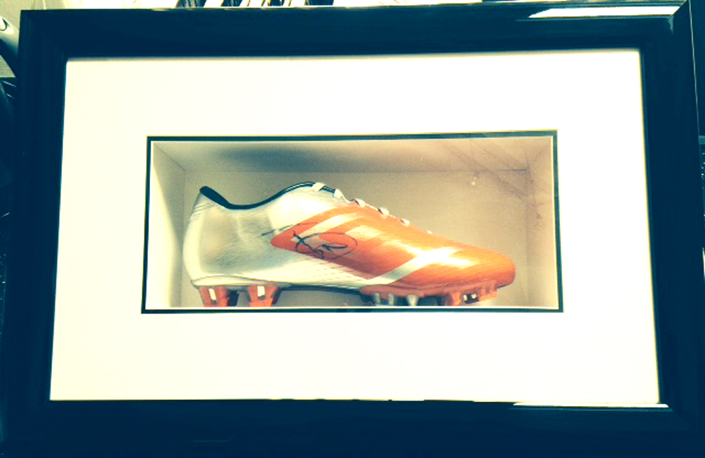 SG Framing Manchester - Football Boot Framing - 0161 881 8711